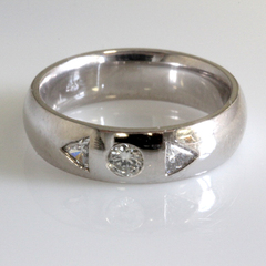 Mens 3 diamond wedding band 3