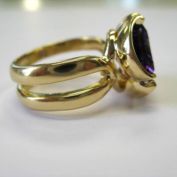 Amethyst flowering ring %283%29