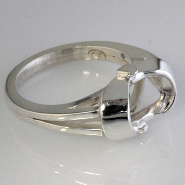 Oval aqua ring rough casting