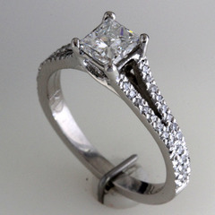 Princess cut engagement ring split shank 1