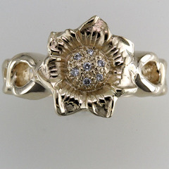 Sunflower diamond engagement ring 1