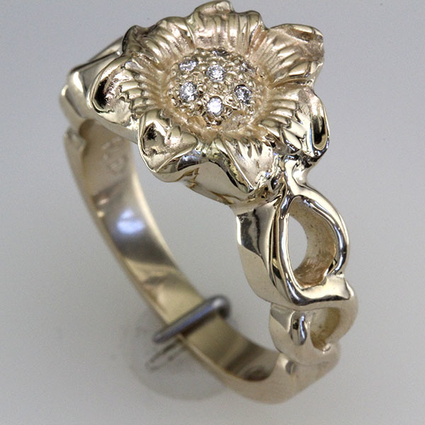 Sunflower diamond engagement ring 2