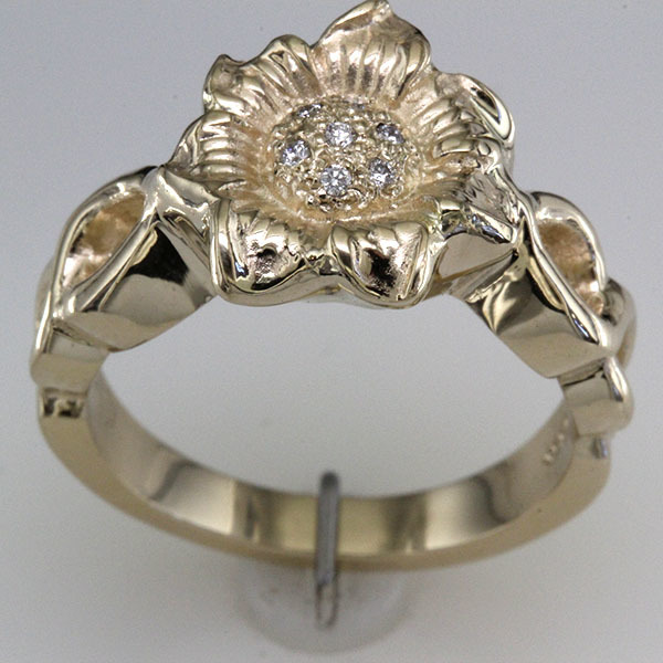 Sunflower diamond engagement ring 3