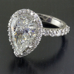 3 carat pear shaped diamond engagement ring 1