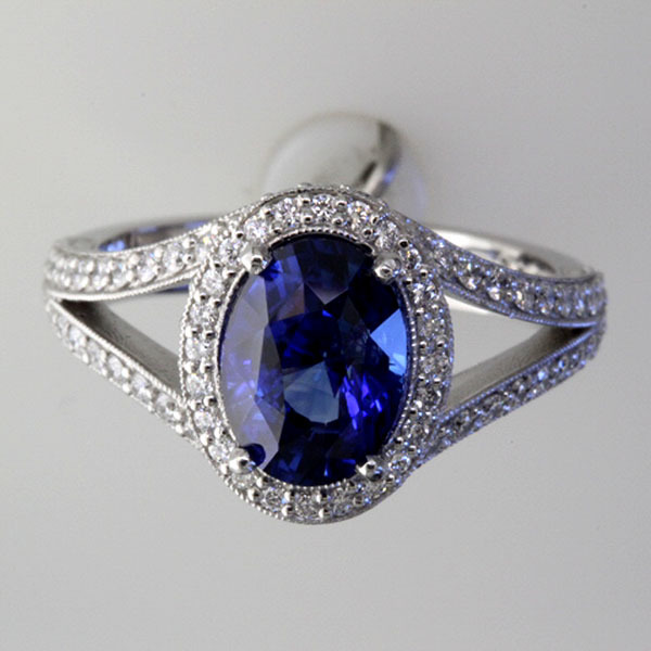 Sapphire engagement ring halo diamond 2