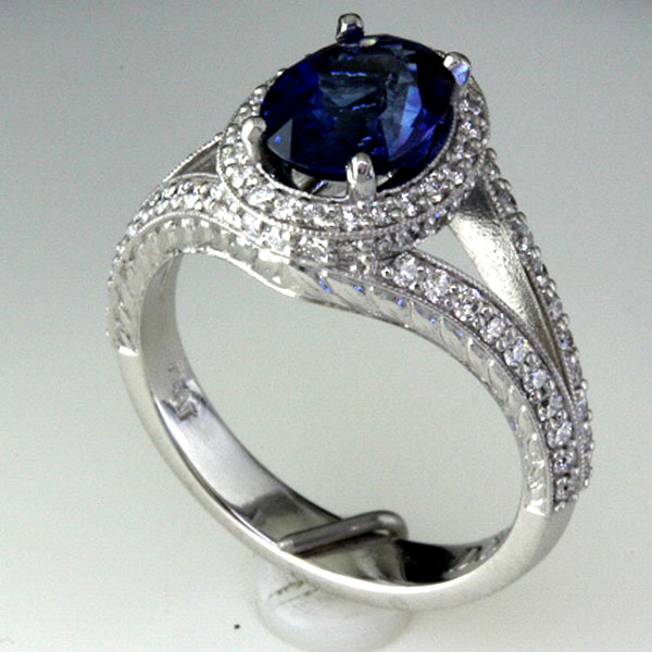 Sapphire engagement ring halo diamond 4